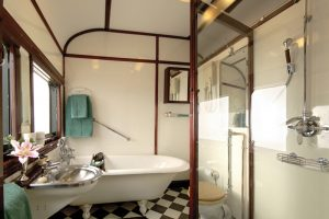 Rovos Rail, Royal Suite Bathroom