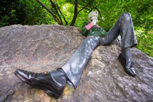 Oscar Wilde Statue in Merrion Square, Dublin, Ireland